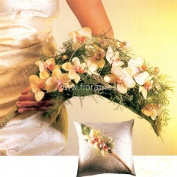 BEAM OF PHALAENOPSIS ORCHIDS - bouquet bride